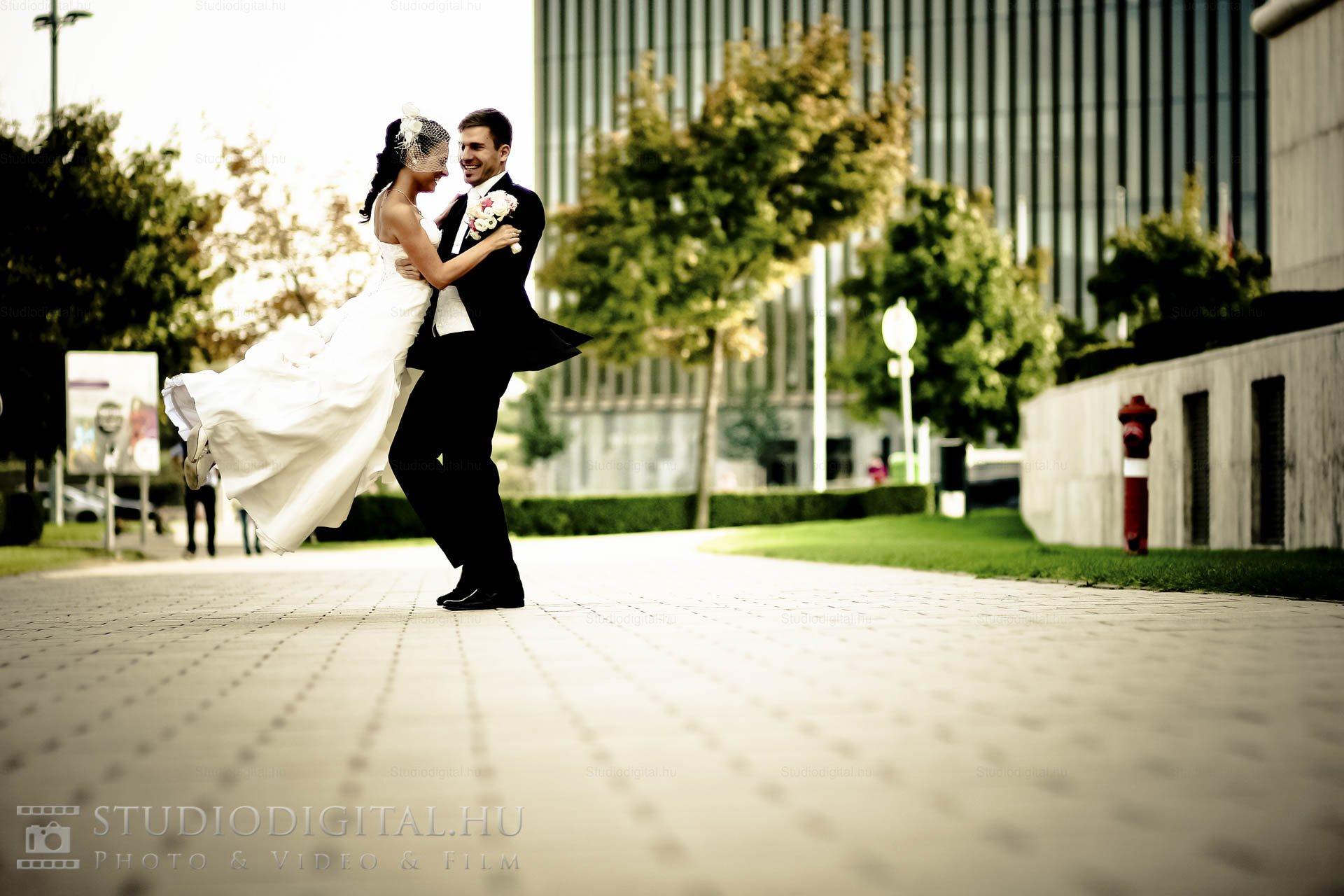 Kreatív-esküvői-fotó-16