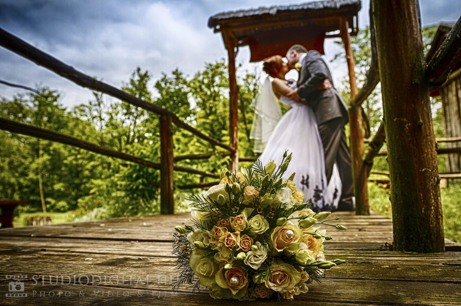 Kreatív-esküvői-fotó-95